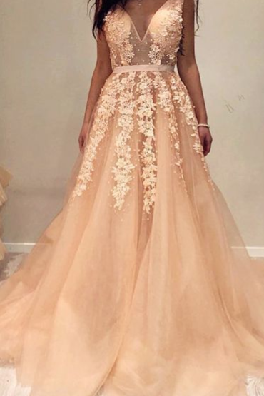 Pd81230 Charming Prom Dress,Tulle Evening Dresses,Appliques Prom Dresses,A-Line Prom Gown